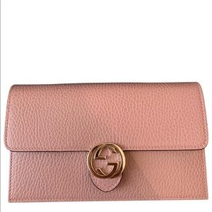 Gucci interlocking wallet on chain new with box